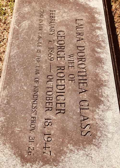 Laura Glass headstone