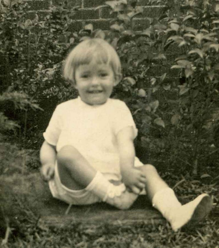 Betty Sue as a child at home